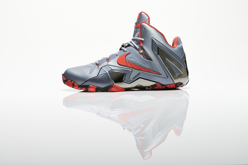 Su14_BB_Lebron11_Elite_642846_001_Return_profile_16832_original